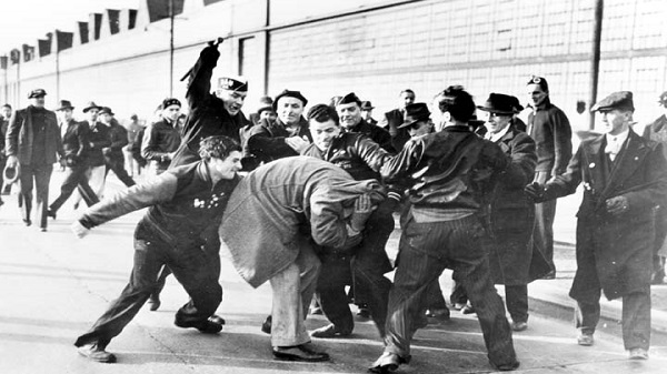 Fascismo - Violência